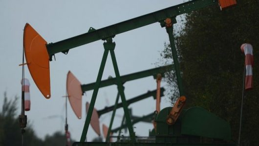 US oil prices turn negative as demand dries up
